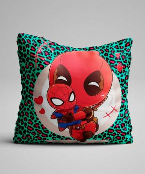 Cojín de Deadpool con peluche de Spiderman